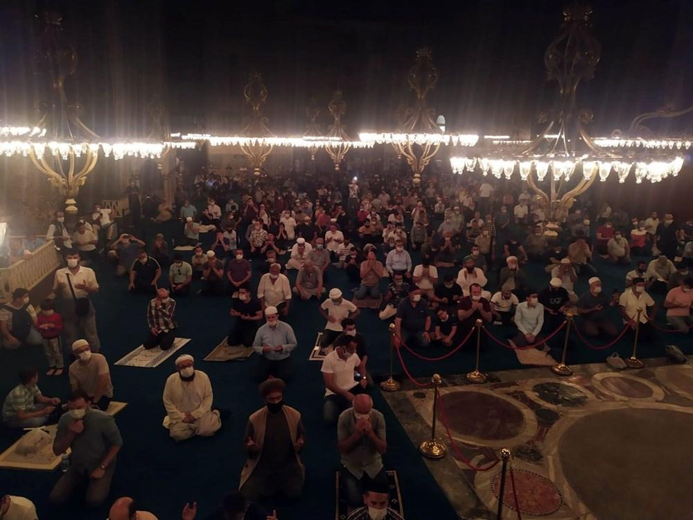 The crowd does not decrease in Hagia Sophia - 19