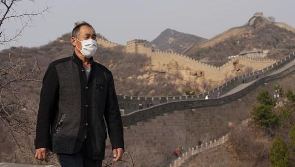 Corona virüs nedeniyle kapanan Çin Seddi ziyarete açıldı