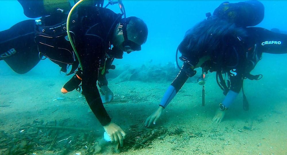 Deniz tabanı maske ve eldiven dolu - 7