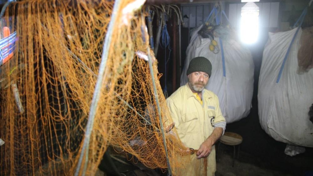 Rize'de balık için denize çıkan balıkçılar, çöp dolu ağlarla dönüyor - 6