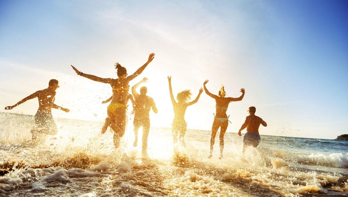Corona virüs aşısının yaz tatili planlarına etkisi ne olacak?