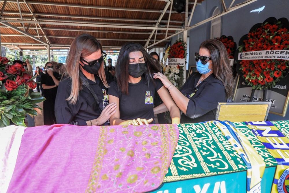 Sunucu Dilay Kemer son yolculuğuna uğurlandı - 6