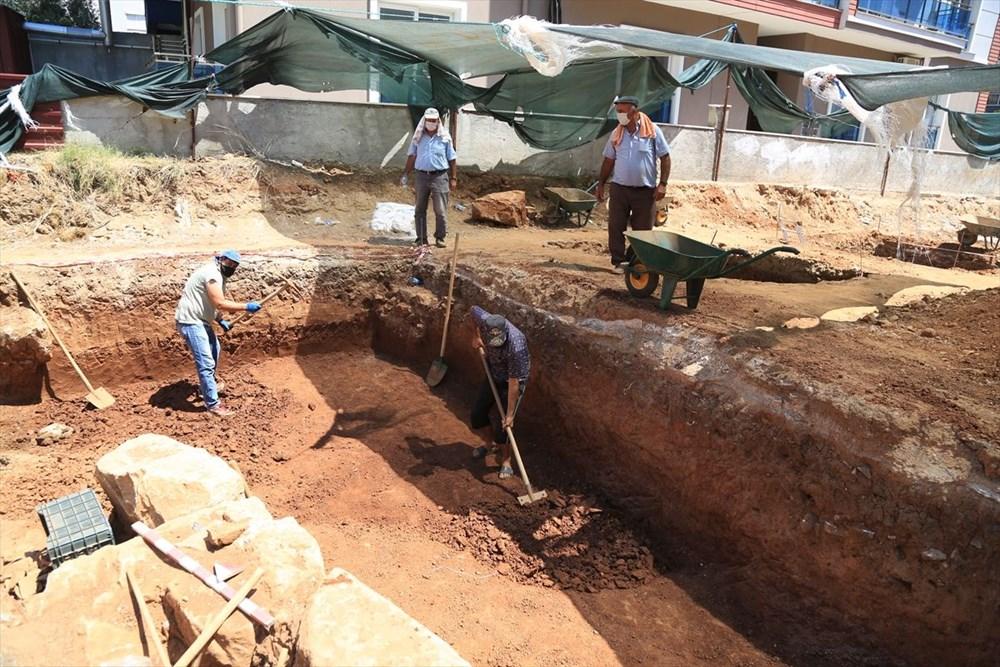 Muğla' da inşaat kazısında 2 bin 400 yıllık mezar kalıntıları bulundu - 2