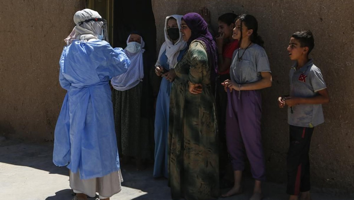 They walk door to door in the most remote villages: The success of the corona virus vaccine persuasion teams in Turkey is in the international press