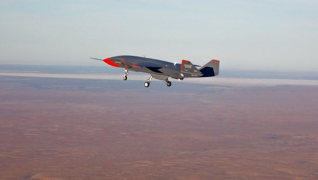 Avustralya ve Boeing drone savaş jetini test uçuşuna soktu - NTV