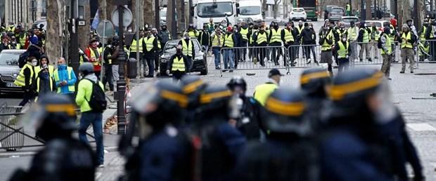 Macron'un sarı yelekliler için aldığı kararlara onay