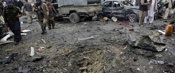 10 otobüs Şii hedef alındı: 22 ölü