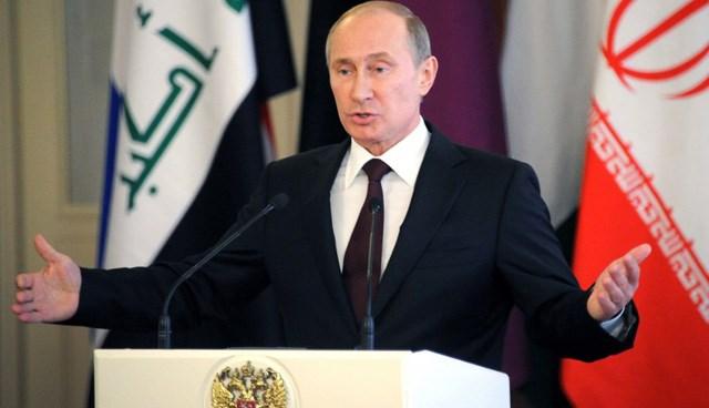 """Putin, """"Snowden ülkemizde kalabilir ancak ortağımız ABD'ye artık zarar vermemek şartıyla"""" açıklaması yaptı."""