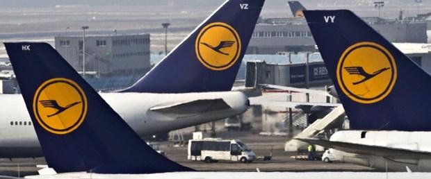 3 bin uçuş iptal edildi