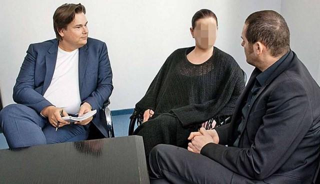 Bild gazetesi muhabirleri, Beate Zschaepe'nin hücre arkadaşı Monika M., ile konuştu.
