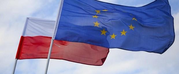 AB polonya reform hukuk201217.jpg