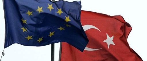 AB Türkiye'yi bu kez övdü