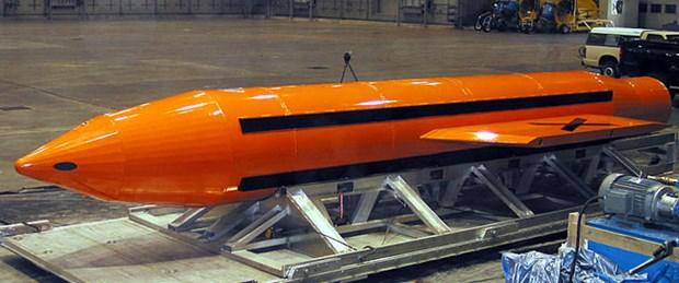 abd-tum-bombalarin-anasi-lakapli-silahini-kullandi_6150_dhaphoto1.jpg