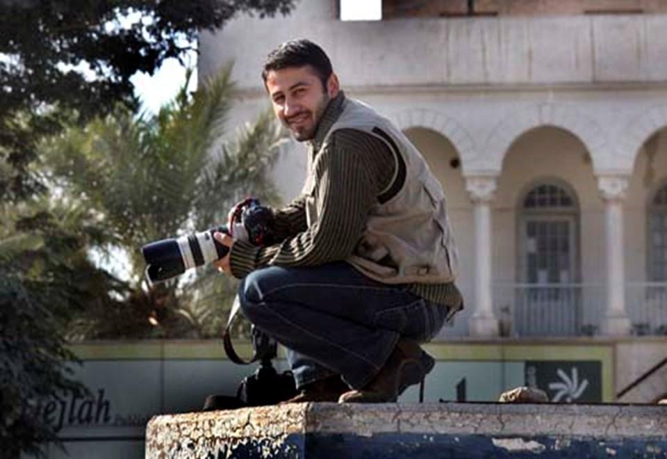 22 yaşındaki foto muhabiri Namir Nureddin gazeteci bir aileden geliyor ve ülkenin en iyi savaş muhabirlerinden biri olarak biliniyordu.