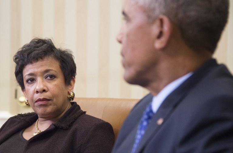 ABD Hükümeti'nin hukuk danışmanlarından Avukat Loretta Lynch, Başkan Barack Obama ile birlikte.