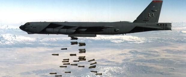 abd afganistan b-52 bombardıman070218.jpg