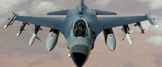 abd-f-16-savaş-uçak110815.jpg