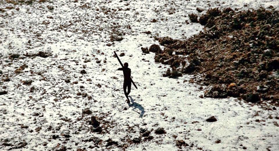 (Hindistan Sahil Güvenlik Komutanlığı tarafından çekilen bir fotoğraf)