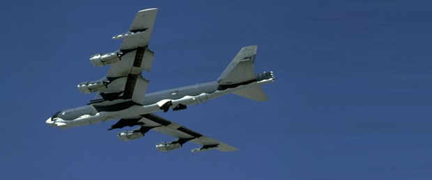 b52-uçak.jpg