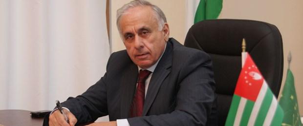abhazya başbakan.jpg