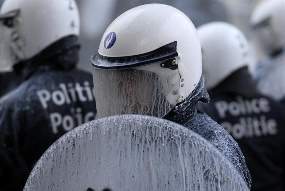 AB'ye 'süt'lü protesto