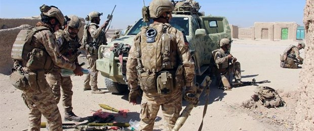 abd afganistan saldırı helmand200317.jpg
