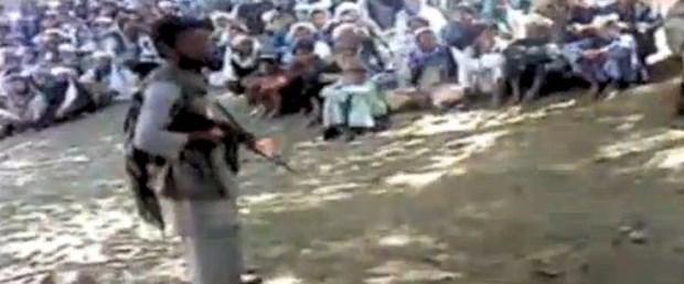 Afganistan'da alkışlar eşliğinde infaz