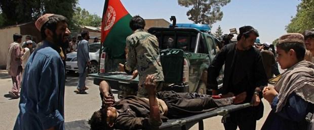 afganistan banka bomba saldırı220617.jpg