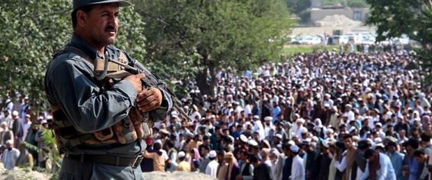 afganistan bombalı saldırı040619.jpg