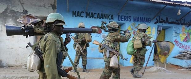 somali-asker-silah.jpg