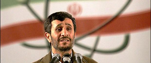 Ahmedinejad düğmeye bastı