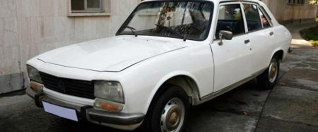 Ahmedinejad'ın otomobiline 2,5 milyon dolar