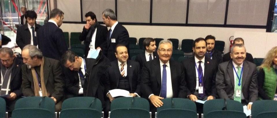 AİHM'deki tarihi duruşmayı CHP lideri Deniz Baykal ile eski AB Bakanı Egemen Bağış yan yana izliyor.