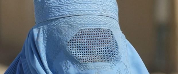 isviçre burka peçe yasak280916.jpg