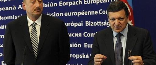 Aliyev: Basit bir cevap bekliyoruz