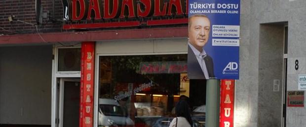 almanya seçim afiş erdoğan070917.jpg