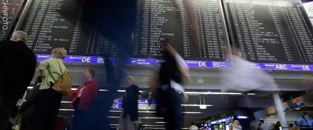 almanya frankfurt havalimanı070818.jpg