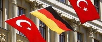 Almanya'ya vize kolaylaşıyor