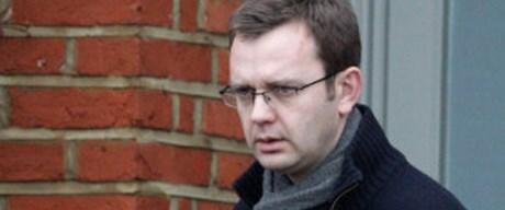 Andy Coulson serbest bırakıldı