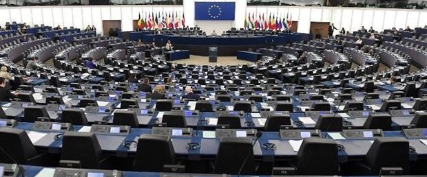 avrupa parlamentosu140818.jpg