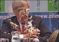 Frank Loy da pastadan kaçamayanlar arasında