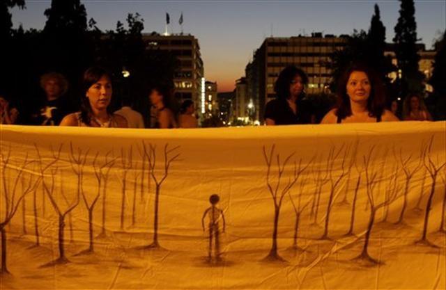 Atina'da çevrecilerin protestosu