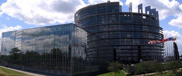 Avrupa Parlamentosu ziyaretini erteledi