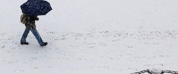 Avrupa'ya ilk kar yağdı