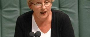 Avustralya yerli haklarını kabul etti