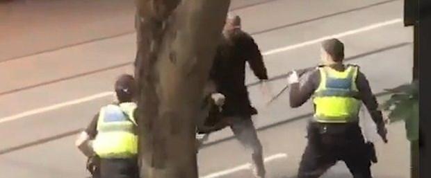 avustralya bıçak saldırı