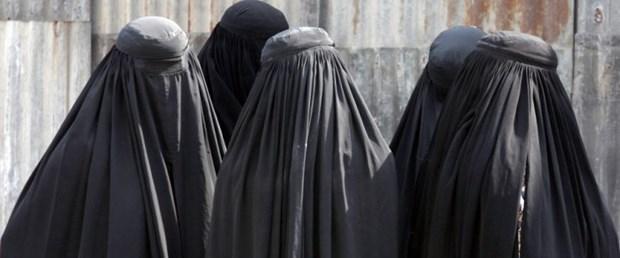 burka avusturya yasak ceza100317.jpg