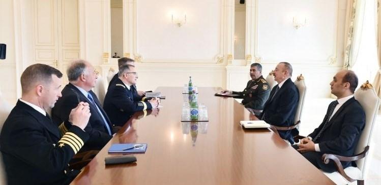 Azerbaycan Cumhurbaşkanı Aliyev,NATO Müttefik Kuvvetler Yüksek Komutanı Orgeneral Curtis Scaparrotti ile görüştü.
