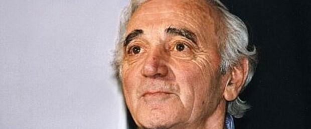 Aznavour'dan 'inkar yasası' kampanyası
