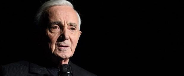 charles aznavour fransız şarkıcı080118.jpg